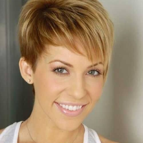 Short Hairstyles For Thick Hair Short Haircuts For Thick Hair And Oval Faces  Haircuts  Pinterest