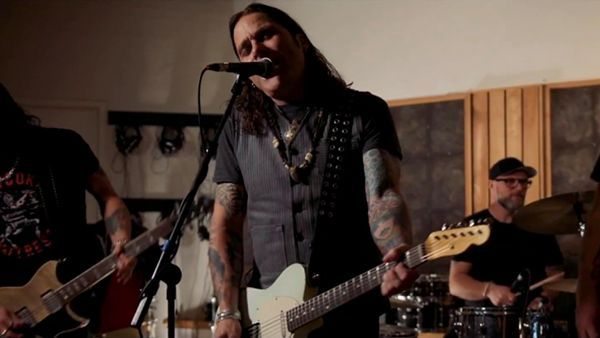 Mike Tramp - Coming Home