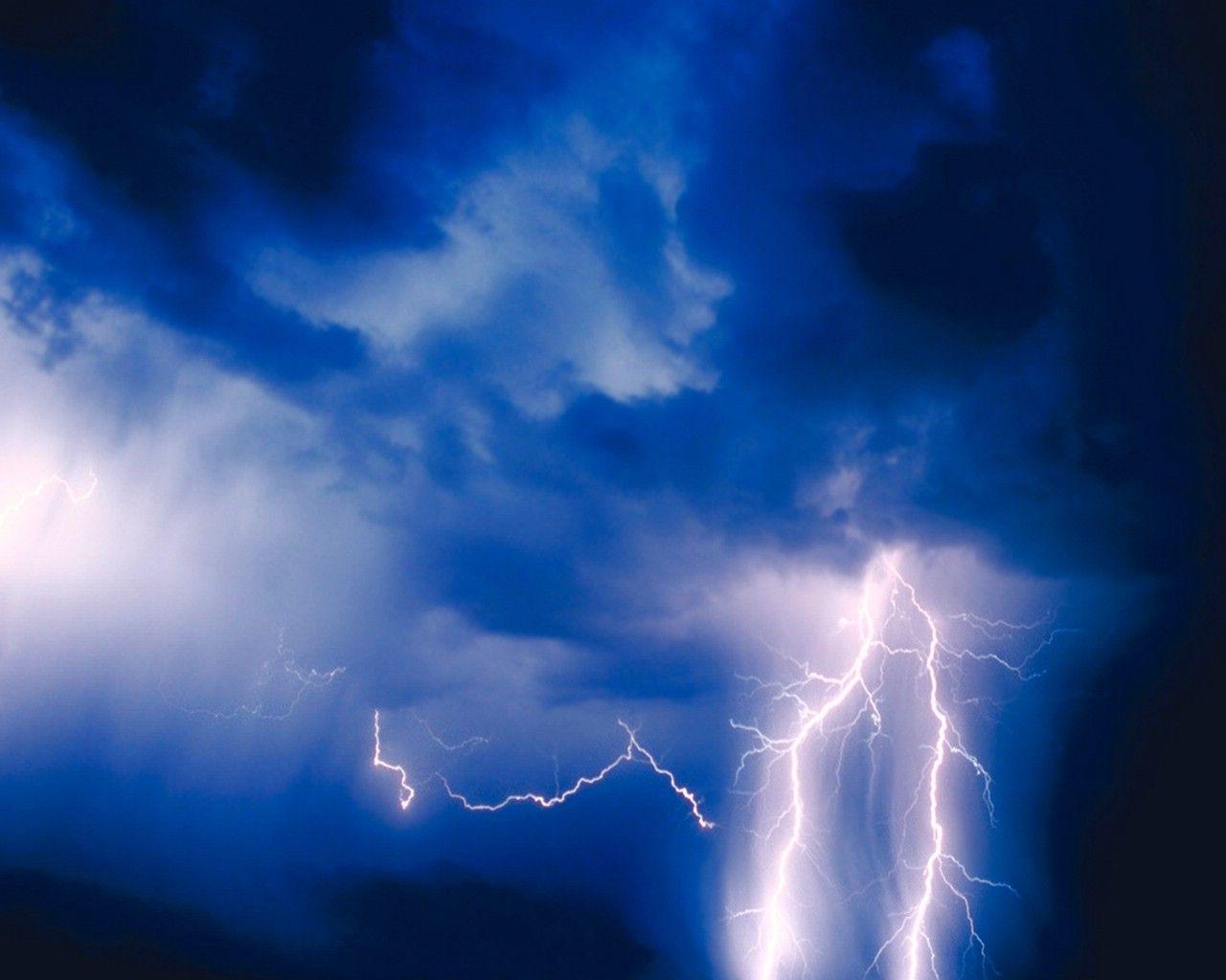 cab28577a74c5 pics of lightning strikes | XMWallpapers.com -- wallpaper storms ...