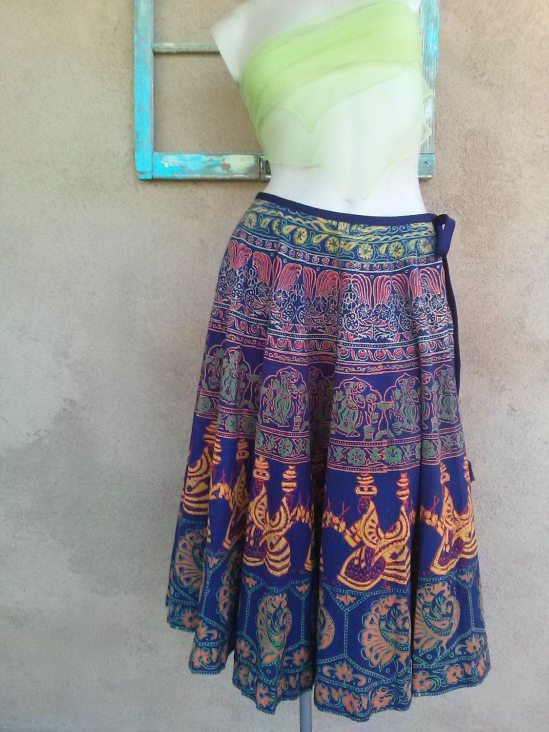 Vintage 1970s Batik Skirt Indian Peacocks W25 2015393 - pinned by pin4etsy.com