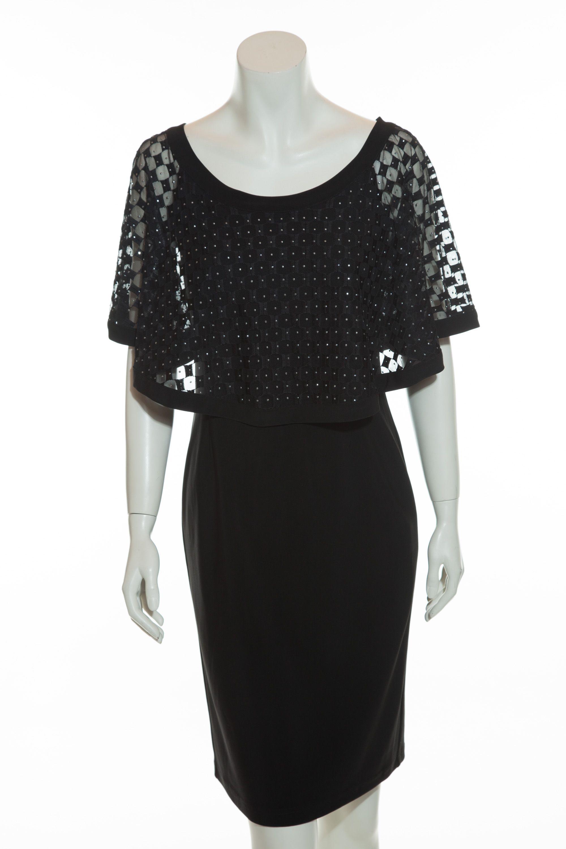 Schlichtes schwarzes Jerseykleid von Joseph Ribkoff mit dekorativem Poncho.