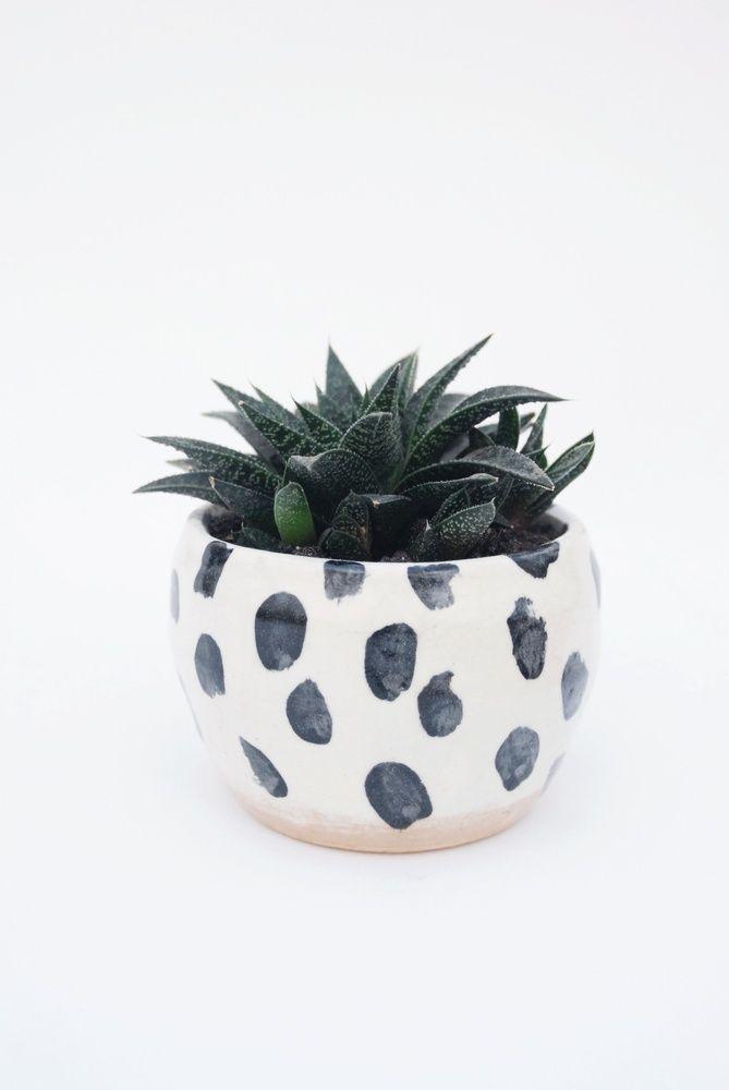 Blumentopf Fingerabdruck bemalen schwarz weiß   DIY   Pinterest ...