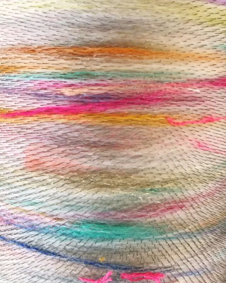 Video of carding rainbow scraps on a standard brother drum carder #artbatt #artyarn #scrapyarn #rainbow #diy #handspun #handspunyarn
