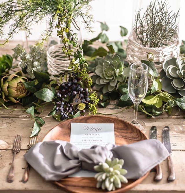 ウエコレ  コンセプトウェディング 2/11.12 @国際フォーラム 8パターンのテーブルコーディネートをご提案させて頂きます。 皆さまぜひお越しください♪  ウェディングコレクション1月20日号で掲載 2月11日12日のイベントでは実際の コーディネートをご覧いただけます♪  http://www.wecolle.jp/event/2017-02/  @l_at_find #wedding #weddingcollection #tablecoordinate #flower #flowerarrangement #weddingstylist  #flowerdesigner #green #l_at_find #ウエコレ #テーブルコーディネート #フラワー #コンセプトウェディング #グリーン #国際フォーラム #イベント 多肉植物 グレー