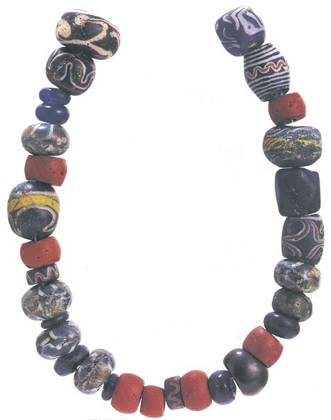 "The beads in the ""Maksjö necklace"" are of the same type as those found in central and southern Sweden."