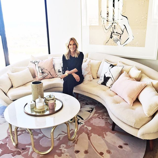 The ultimate Fashion Pad! I'm sitting here in the Penthouse that I designed for ARRAY by @mirvacvic Custom Art on the walls, bespoke linen cushions ( please note that you can never have too many cushions!) and my EMPERORS PEARLS circular rug by @designerrugs