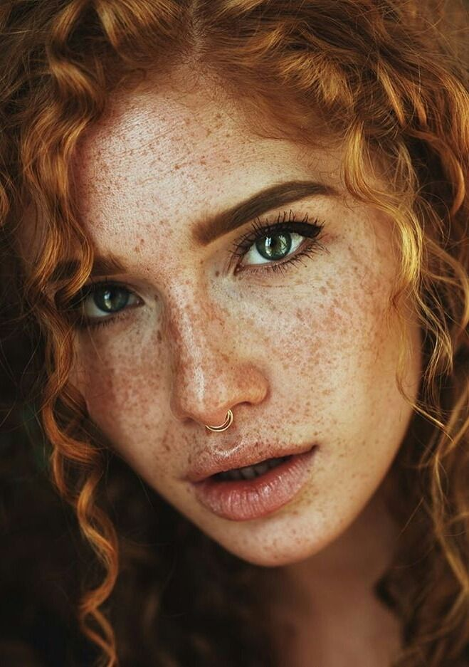 Pin su red haired women...