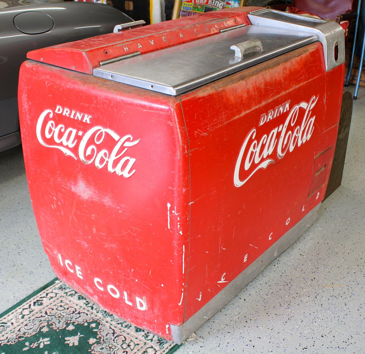 Vintage 1953 Coca Cola Cooler/Ice Chest-Metal-Made in ...  Old Coca Cola Coolers