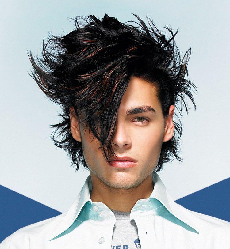 Trait dans cheveux homme