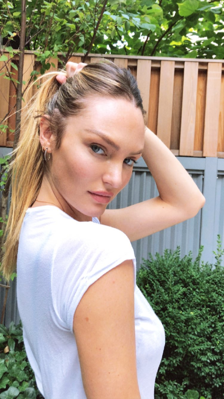 Cleavage Instagram Candice Swanepoel naked photo 2017