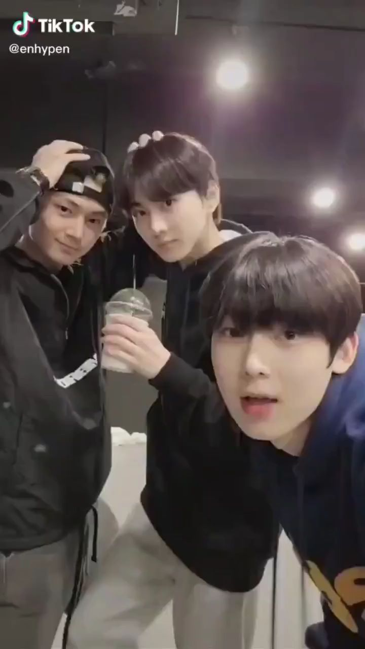 sunghooon_enhypen_ on Instagram: I'm so late sorry