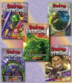 Bienvenido a Horrorland, ¡donde las pesadillas se hacen realidad! Muñecos ventrílocuos, máscaras que cobran vida, seres ancestrales que se niegan a morir... ¡prepárate para vivir aventuras aterradoras!