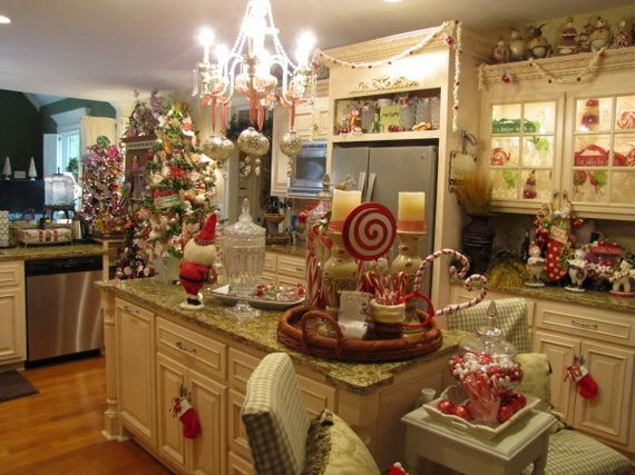 Top Christmas Decor Ideas For A Cozy Kitchen Family Holiday Net Guide To Family Holidays On The Internet Christmas Kitchen Decor Christmas Kitchen Holiday Kitchen