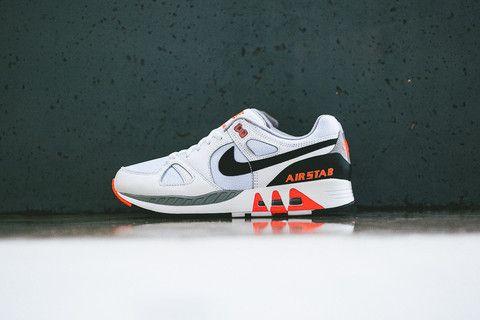Punto de partida Familiar Gángster  Pin by kenza karkari on Mood   Sneakers nike, Nike, Air max sneakers