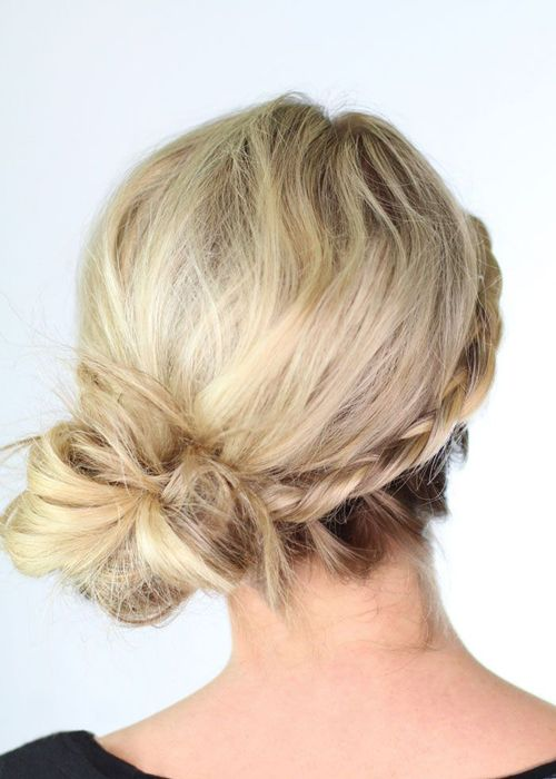 chignon bas mariage coiffure pinterest coiffures chignons and mariage. Black Bedroom Furniture Sets. Home Design Ideas