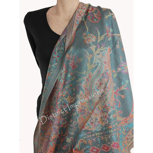 This is a georgeous pashmina scarf. This pashmina scarf is  reversible, so flip it to the other side and you have a new scarf