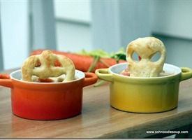Halloween: Individual Chicken Pot Pies with Puff Pastry