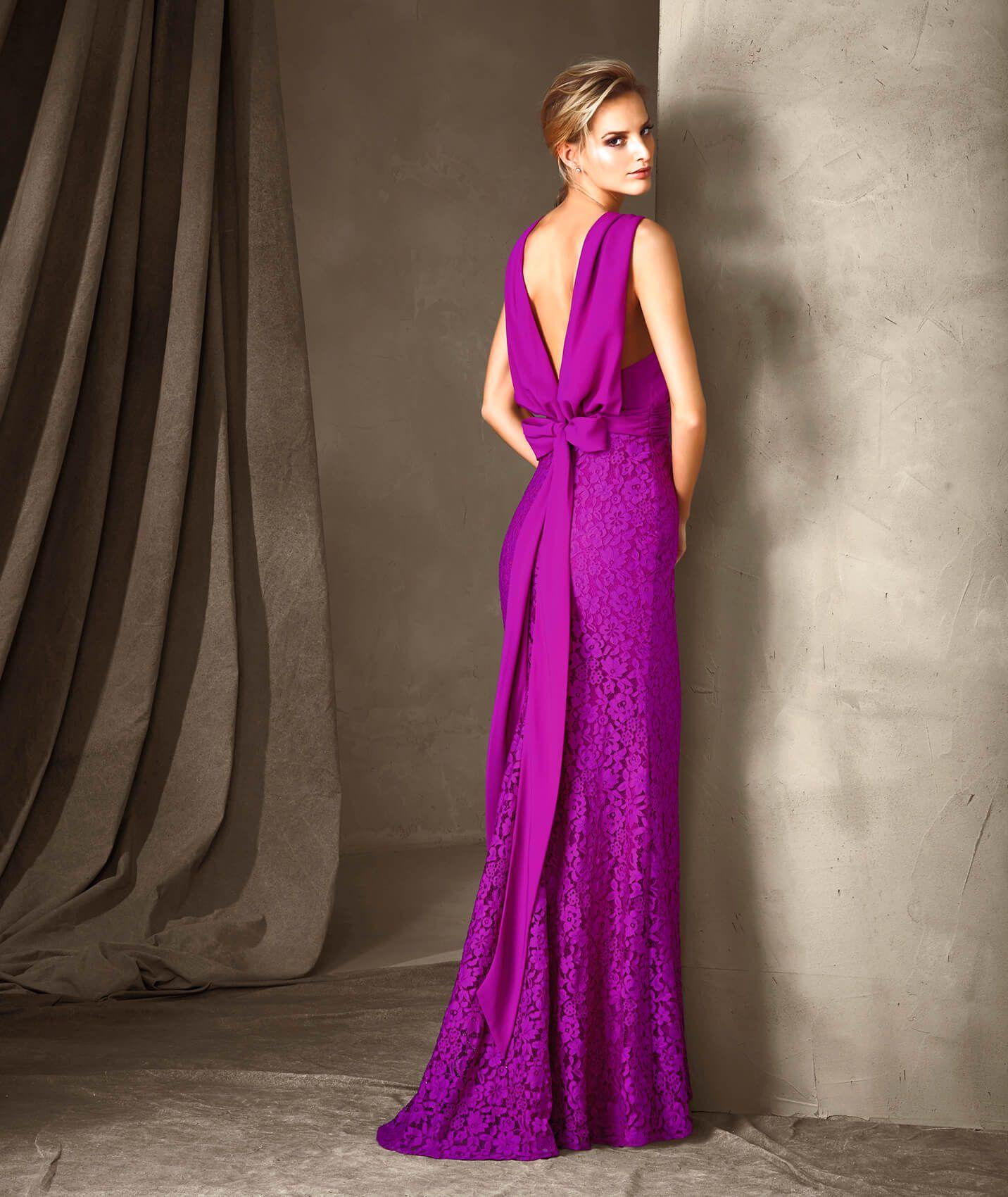 CARIS - Vestido de fiesta de escote en V | Pronovias | vestidos ...