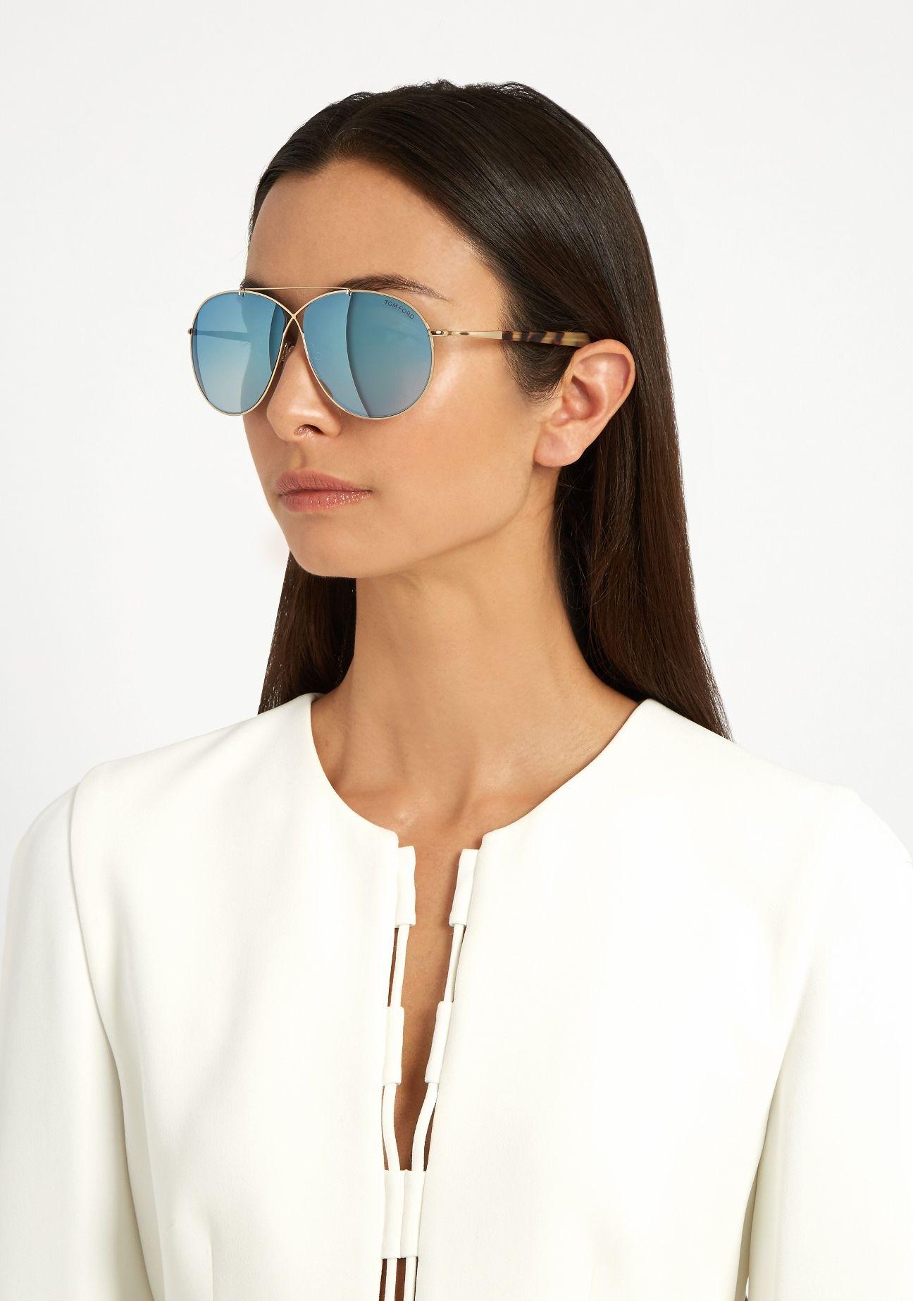 79d63fdeae84 Aviator sunglasses Tom Ford Eva Pilot 0374 are made by high quality  material. The lens