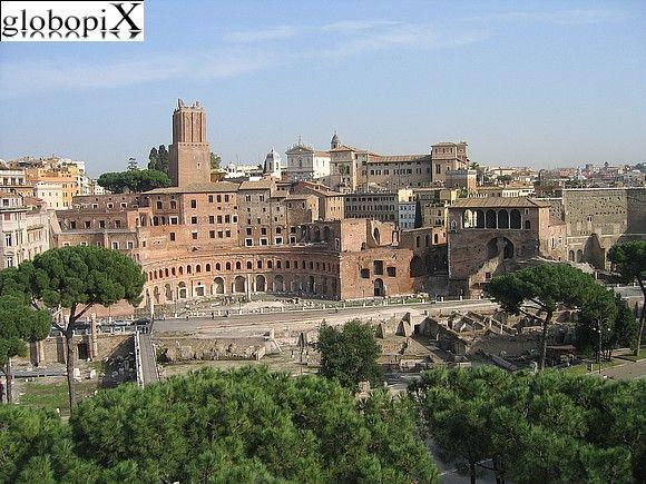 Foro di Traiano Vista da una delle terrazze del Vittoriano sui ...