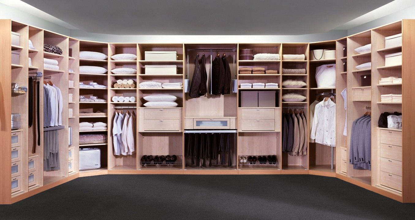 Fabulous Enjoy this collection of spacious dressing room designs with many interesting ideas to give your large dressing a luxury look