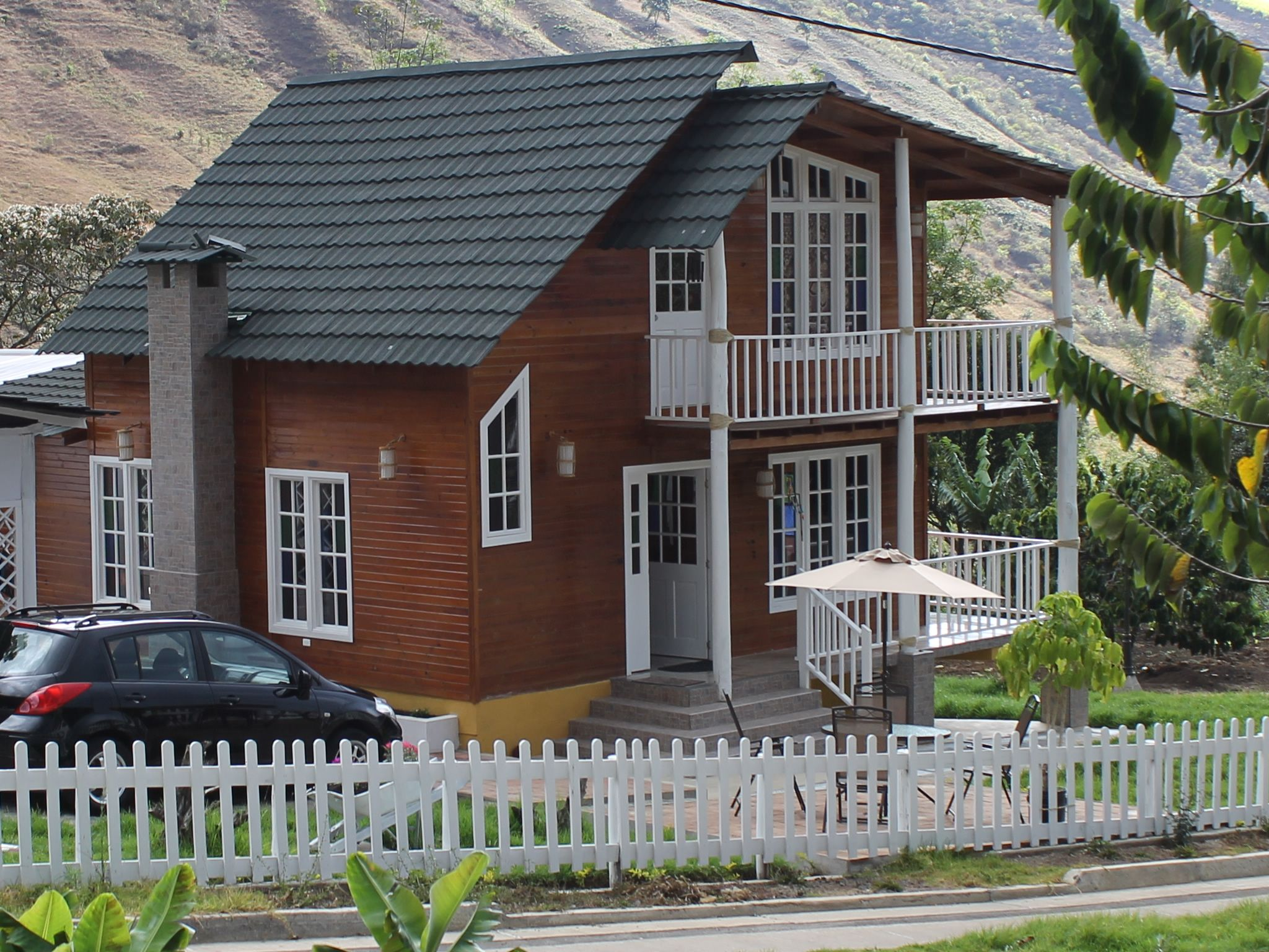 Casa de madera construexpress en sur de colombia casas en - Casas prefabricadas americanas en espana ...
