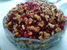 Akissmutfak: Cevizli, Narlı Kuru Börülce Salatası