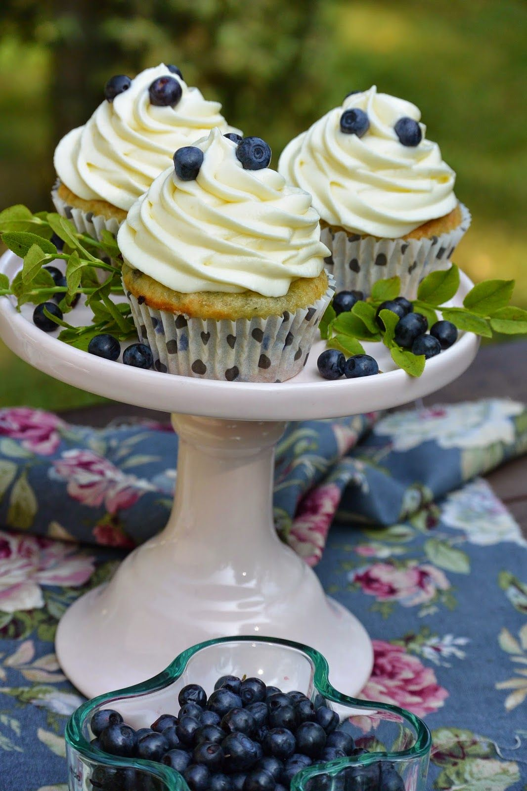 Celebration Treats 4U: Blueberry Dream Cupcakes