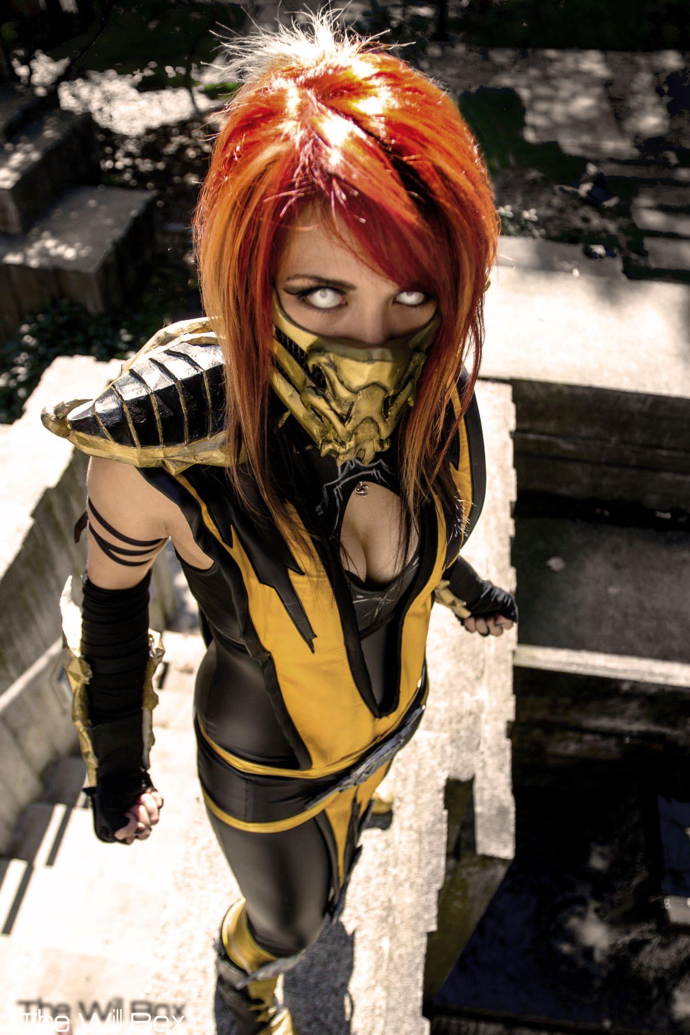 Mortal kombat girl costumes