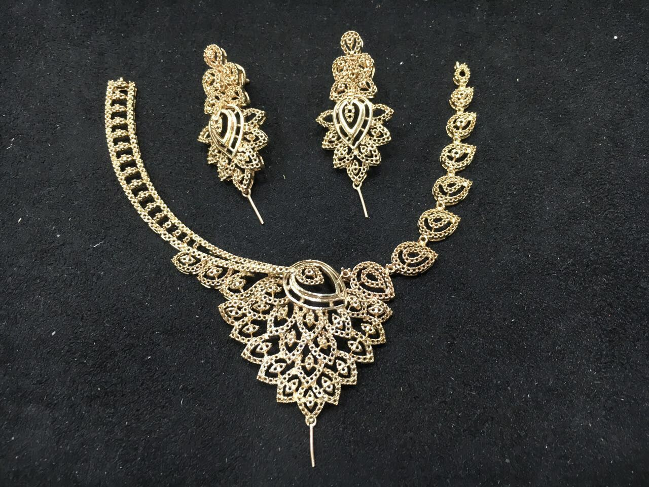 Pin by Dhaval shah on Neckless Fashion rings, Necklace