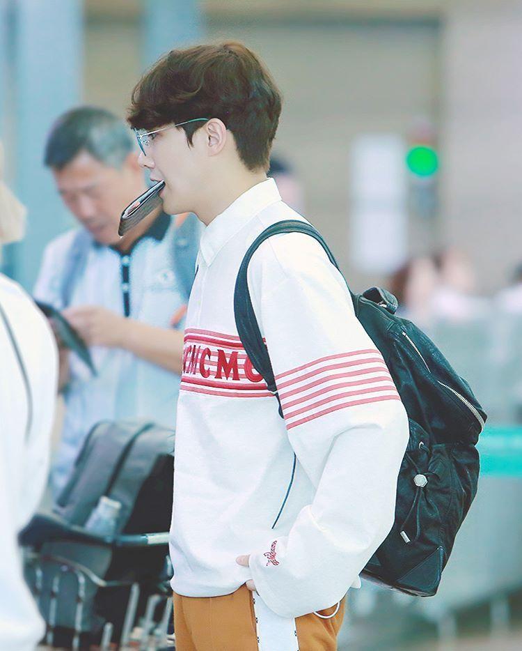 190906 Lee Joon heading to Mexico Credit: yeokham @ instagram