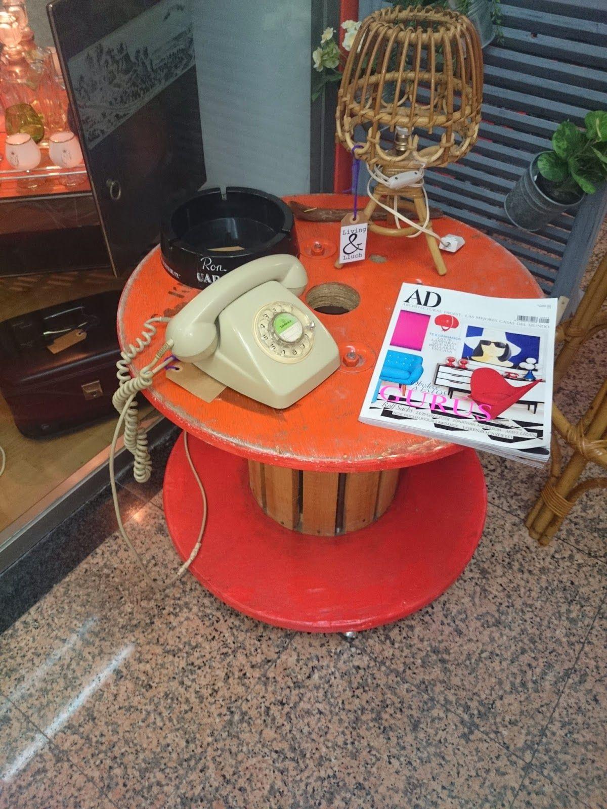 Muebles y objetos vintage, reciclado de mobiliario vintage Living ...