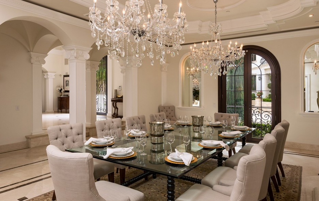 26 Million Newly Built Grand Neoclassical Estate In Bel Air Ca Luxury Dining Luxury Dining Room Dream Dining Room