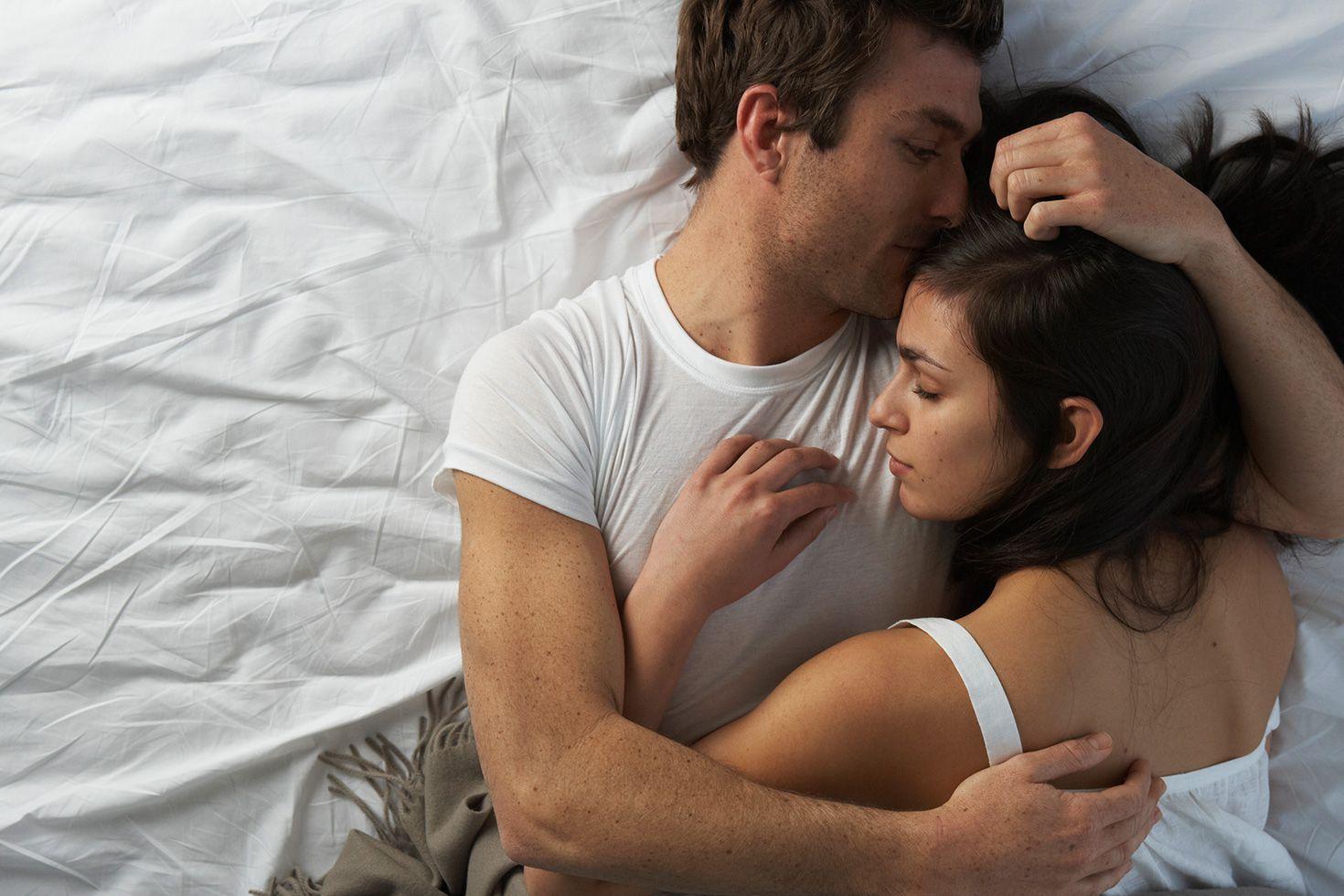 картинки обнять перед сном вариант