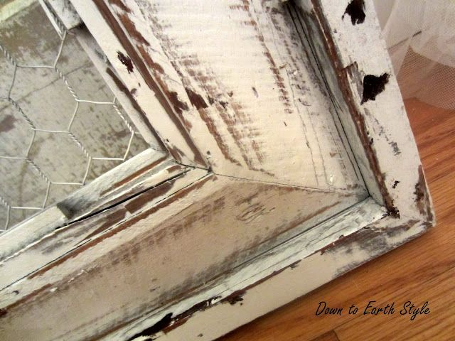 Down to Earth Style: A Salvaged Frame using vaseline and spray paint
