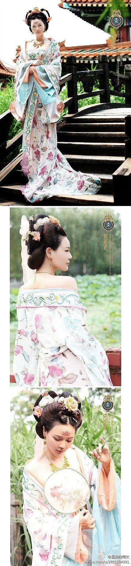 Hanfu: traditional Chinese costume.