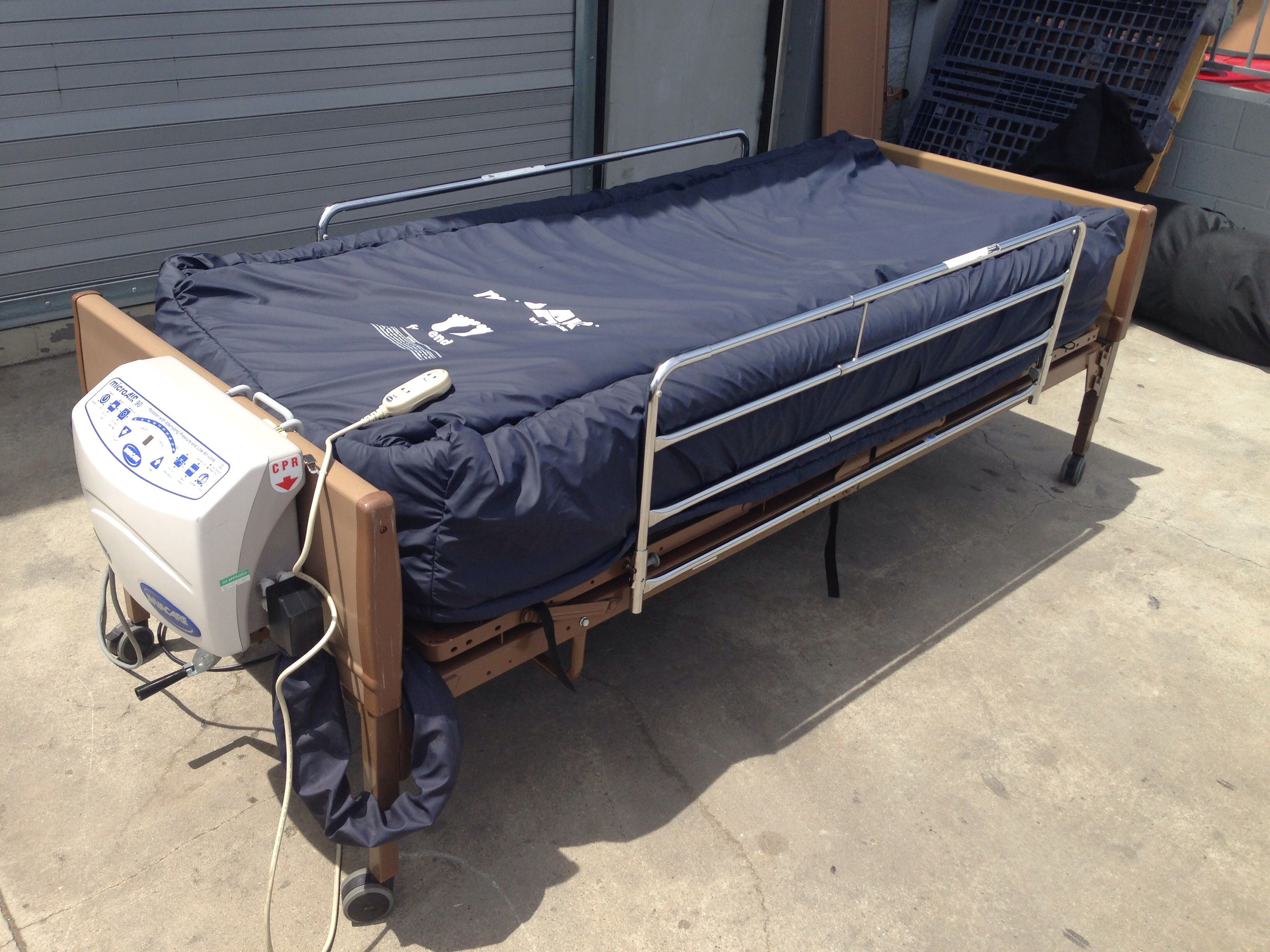 Invacare 5310IVC SemiElectric Bed With MicroAIR MA90 http