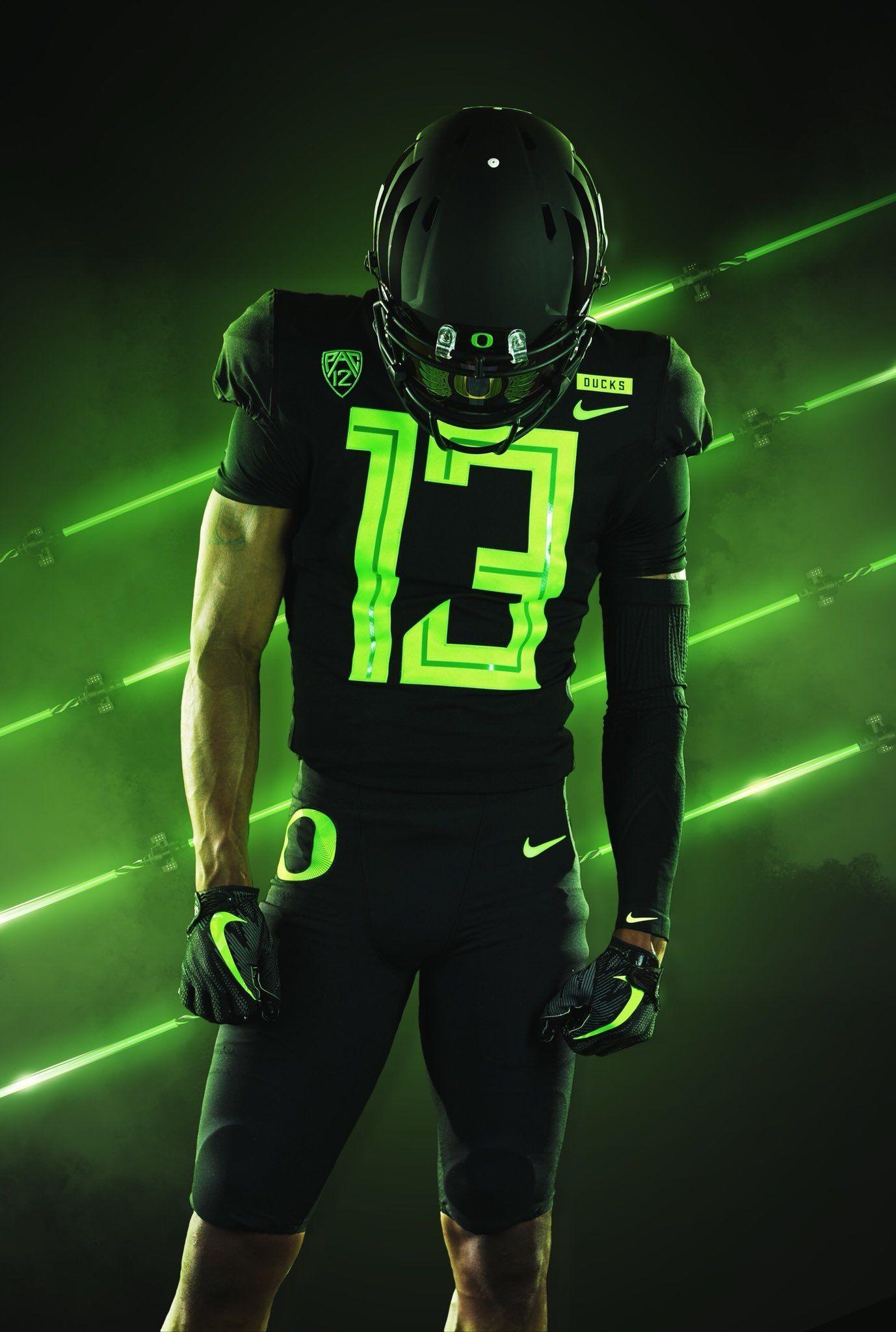 Untitled In 2020 College Football Uniforms Oregon Football Football