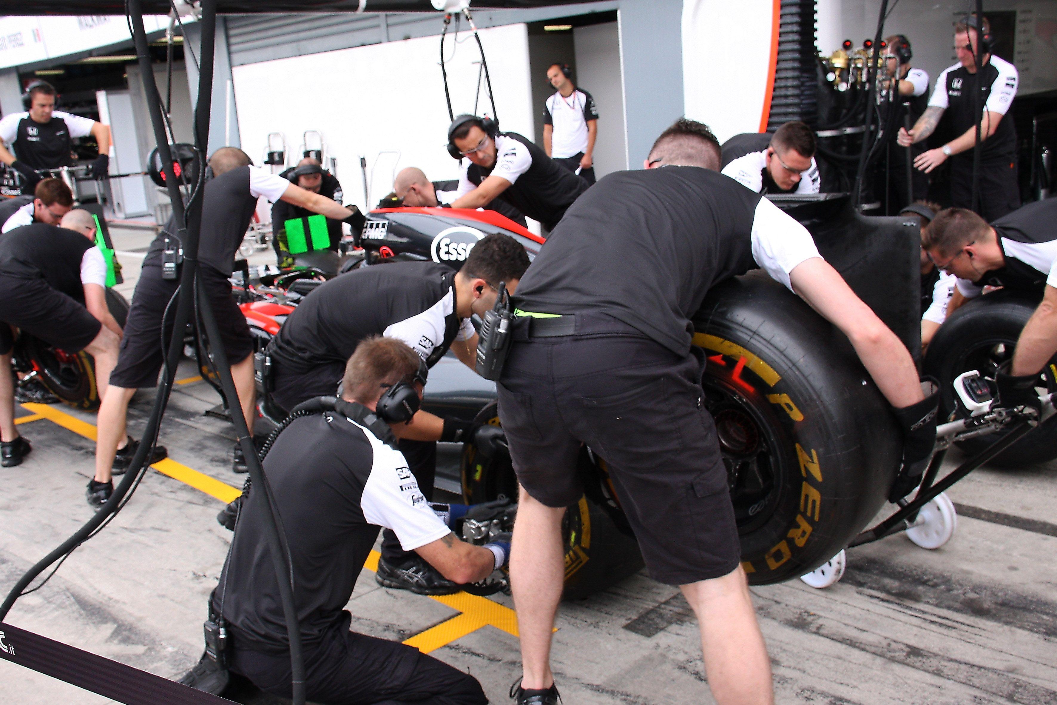 Pirelli annuncia le mescole scelte per le prossime tre gare