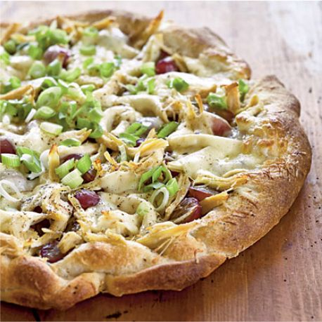Chicken, Red Grape & Pesto Pizza!  Leah Anderson R.D. changes how you think about pizza in today's Eat Well Wednesday: Grapes On A Pizza?