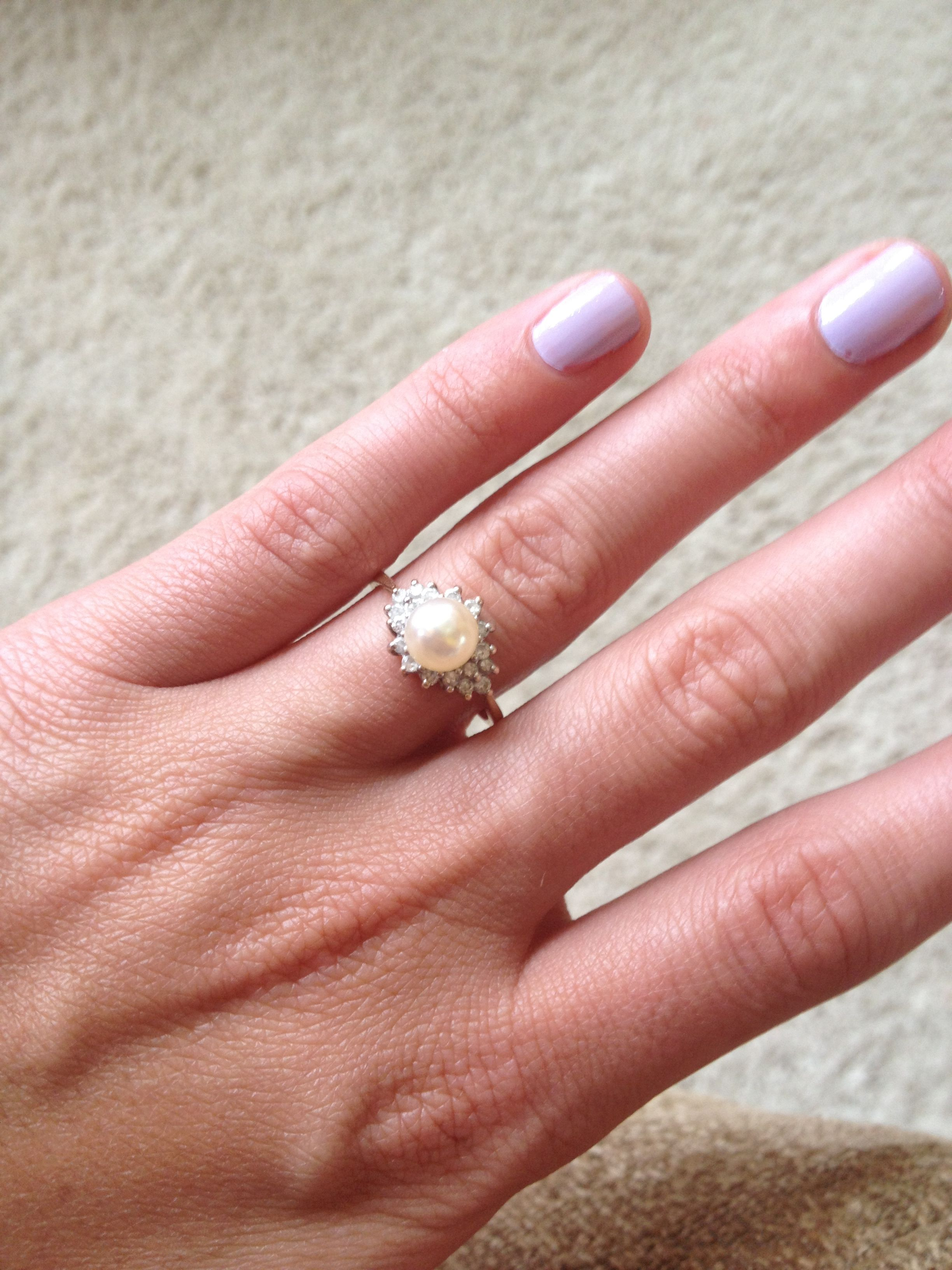 My promise ring.. Freshwater pearl set in oval shaped diamonds and ...