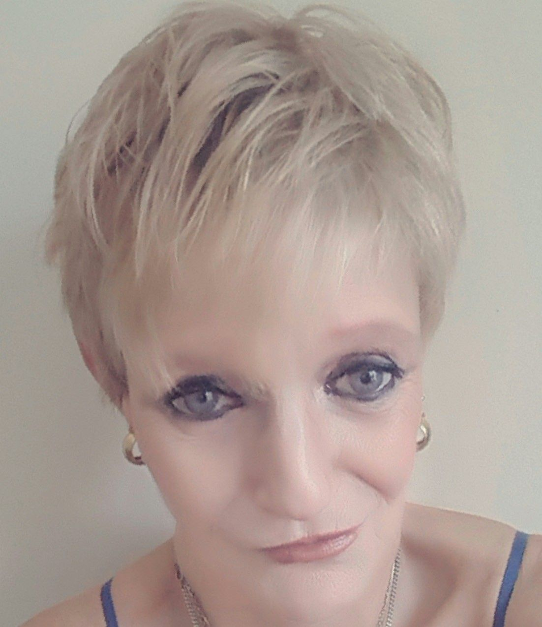 How To Tell If A Pixie Cut Will Suit You Pin On Make Up Hair And Nails Rock
