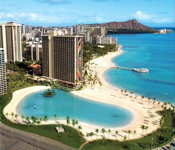 The man-made lagoon at Hilton Hawaiian Village - It's Timeshare time!!!