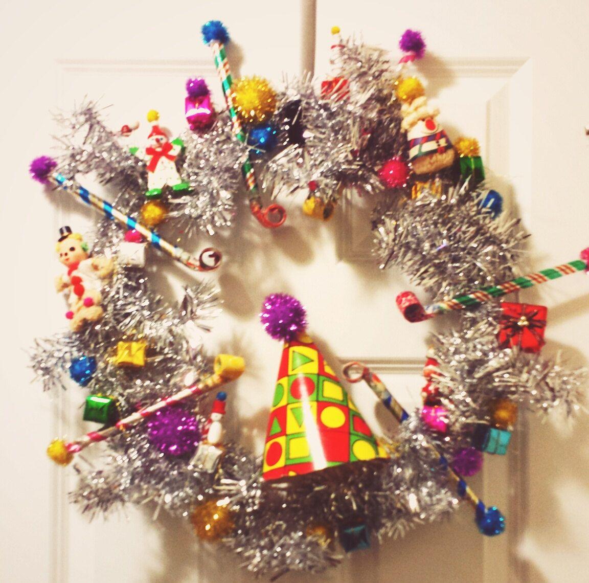 Kitschy Christmas Vintage Birthday Party Wreath by NellsKingdom on ...