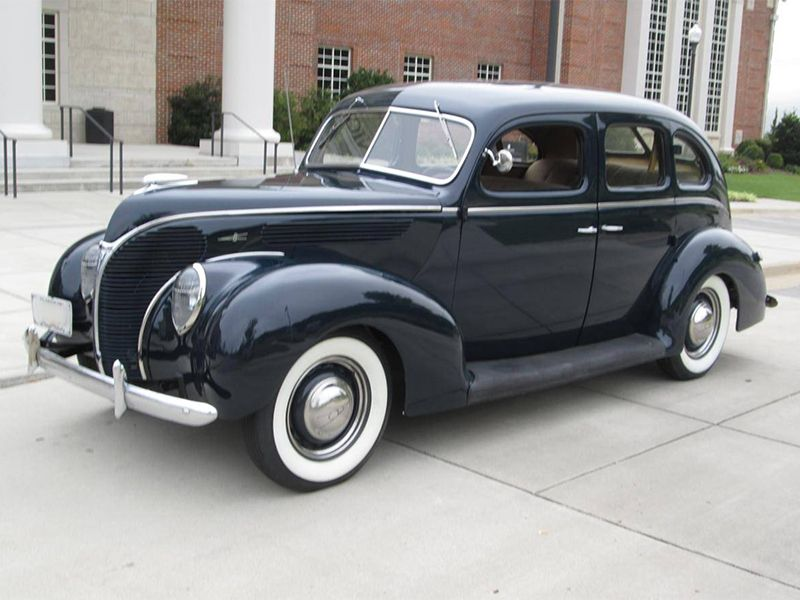 1938 Ford Deluxe Fordor Sedan Maintenance/restoration of old/vintage ...