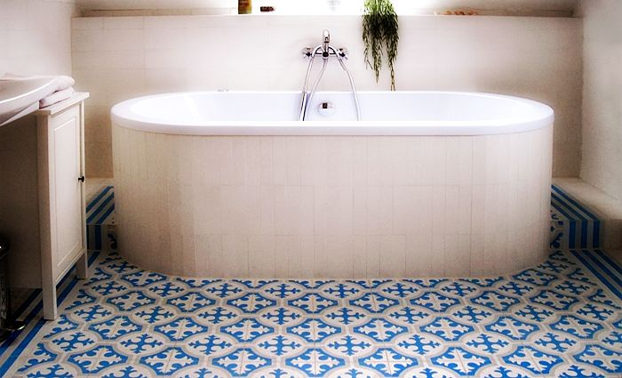 Cementtegels In Badkamer : Cementtegels badkamer badkamer pinterest badkamer en interieur