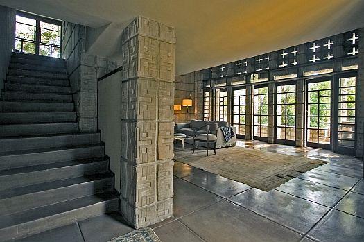 """The Millard House, AKA """"La Miniatura,"""" Frank Lloyd Wright"""