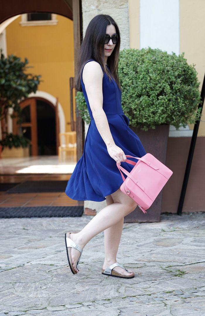 791ec41e1049 l affinité Style Inspiration  Birkenstock Gizeh – Girls Night
