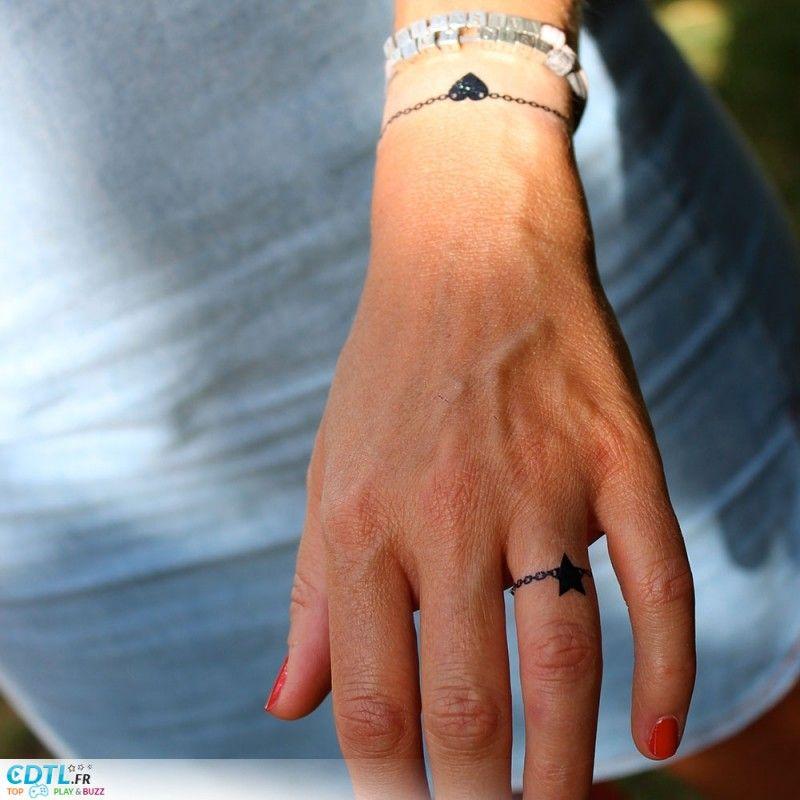 bague anneau tatouage bracelet doigt tatouages pinterest tatouages bracelet doigts et anneau. Black Bedroom Furniture Sets. Home Design Ideas