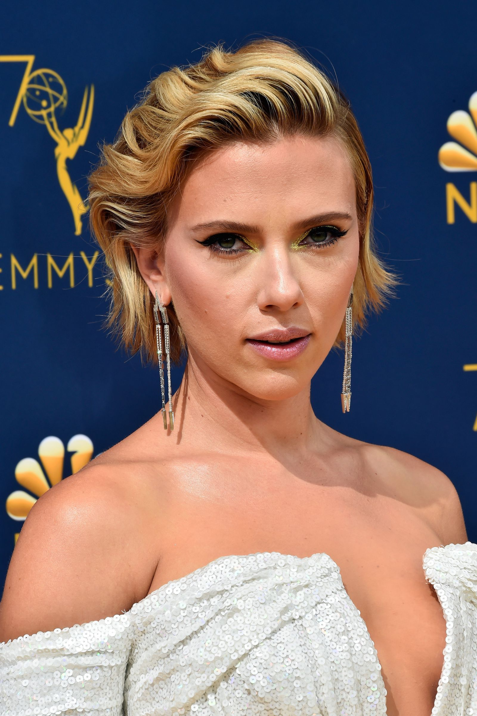 The Best Hair and Makeup at the 2018 Emmy Awards (With